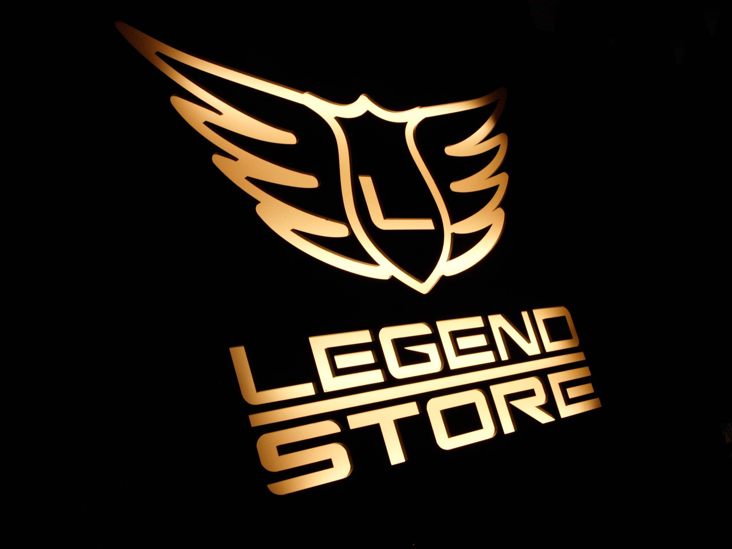 Studio logo Legend Store