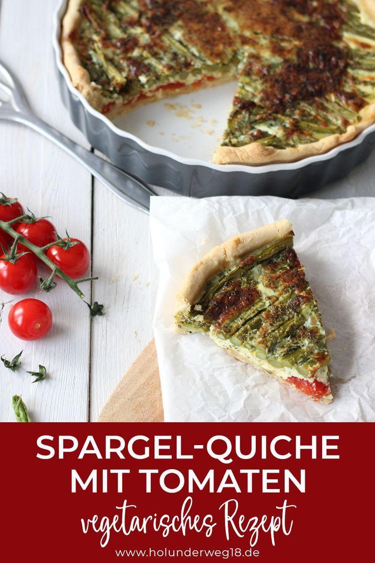 Vegetarische Quiche mit grünem Spargel und Tomaten