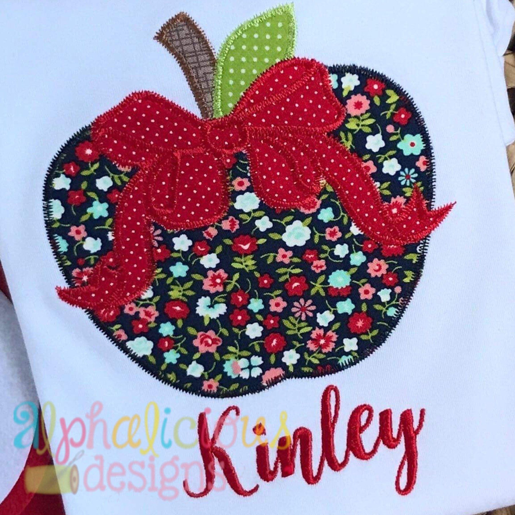 Apple with bowzigzag alphalicious designs pinterest bows zig