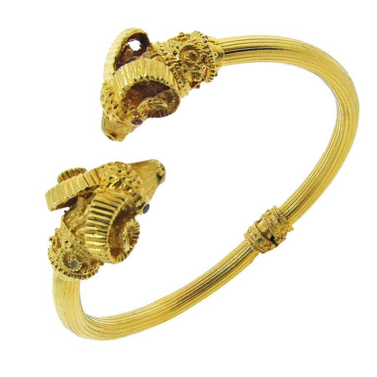 Zolotas Rams Head Bracelet 1stdibs Com Jewelry Bracelets Cuff Bracelets Vintage Cuff Bracelet