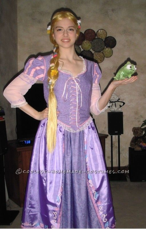 Super Realistic Rapunzel Disney Princess Costumes  sc 1 st  Pinterest & Super Realistic Rapunzel Costume | Pinterest | Princess costumes ...