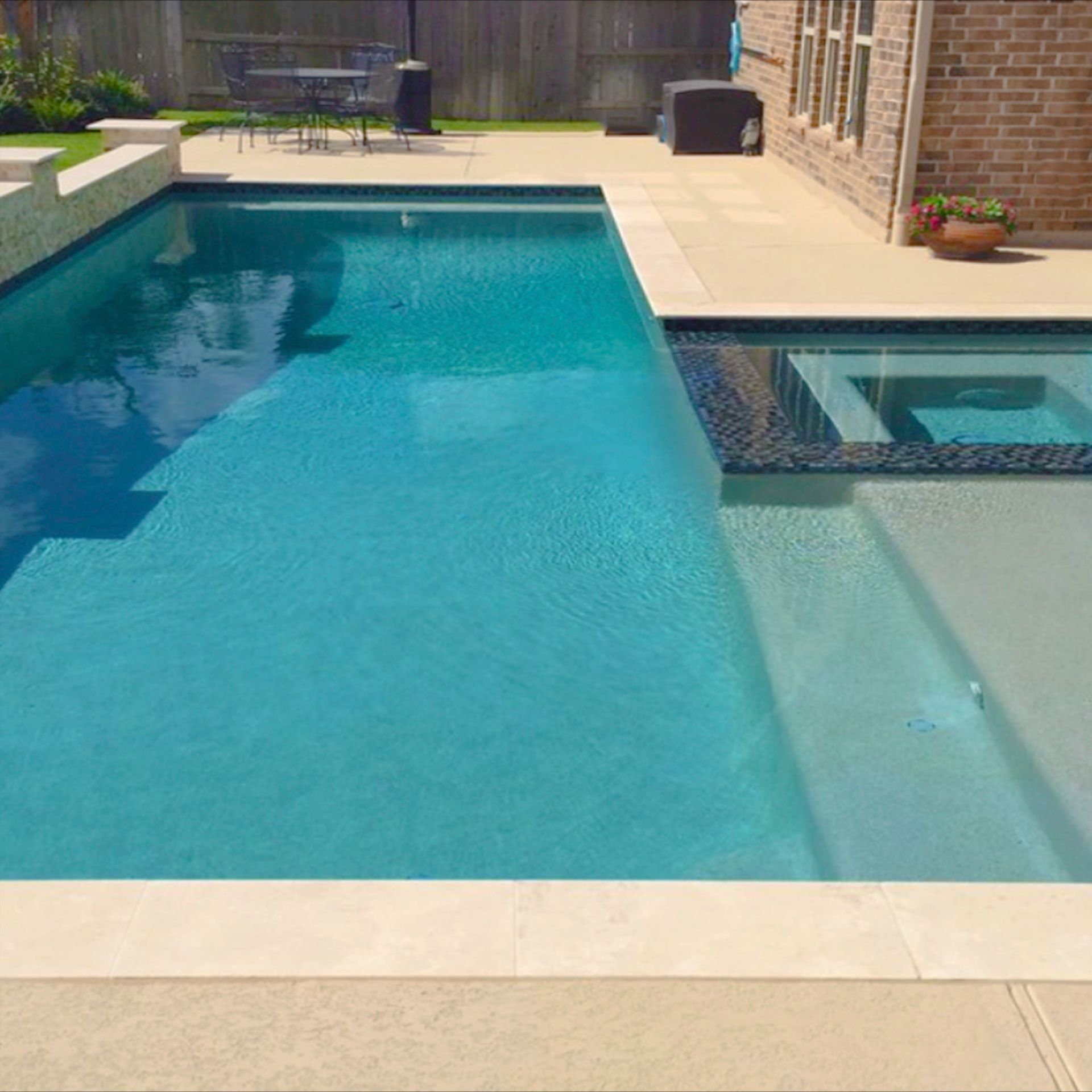 Pebble Surfaces Are All The Rage When It Comes To Interior Pool