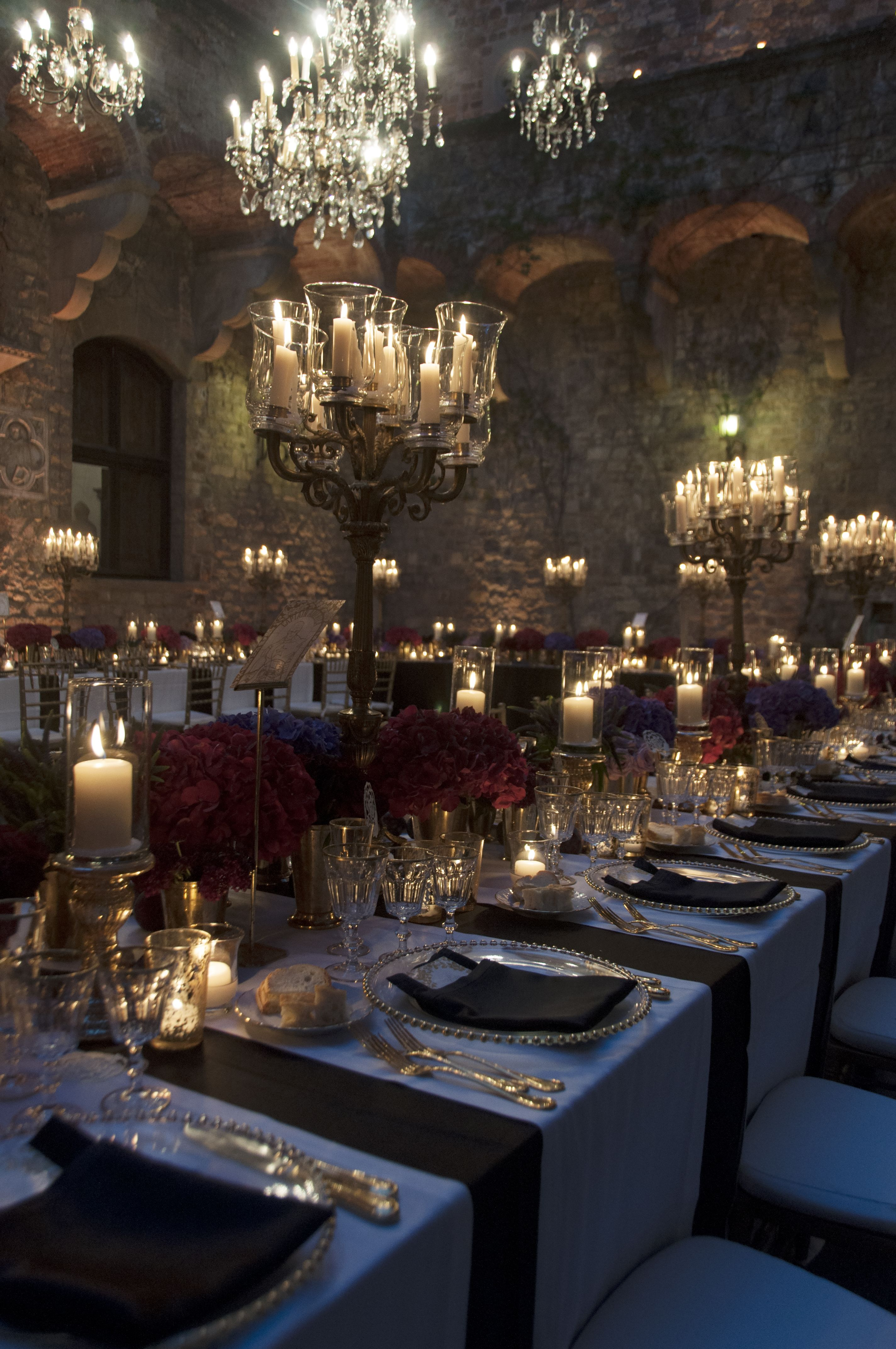 Decoration Anniversaire Romantique Twilight In The Tuscan Hills At Castello Di Vincigliata