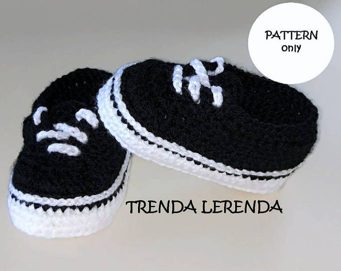 8bfb36a6d VANS Old Skool style crochet baby booties PATTERN. Crochet baby sneakers.  Tutorial step by