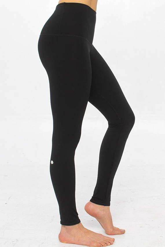9db8ca7ca2 Ethical black leggings women | High waist yoga pants | Sustainable  activewear | Recycled plastic bottles | Slow Fashion | Made in Montreal |  Legging Rose ...