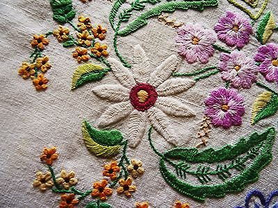 """Vintage Hand Embroidered 32"""" x 32"""" JACOBEAN FLORAL SQUARE Linen Tablecloth"""