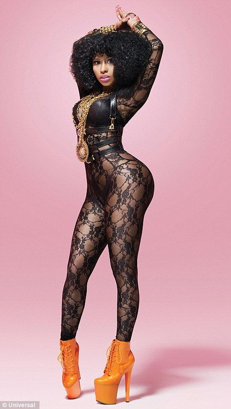 Nicki Minaj Looks So Foxy In This Picture We Love Her Unique Imagination And Fun Style So That Makes Her Our Big Booty Queen