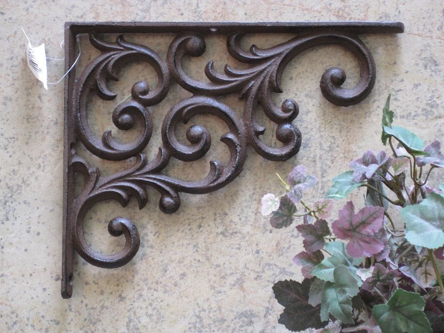VINTAGE-STYLE CAST IRON BRACKET Scroll TUSCAN Wrought