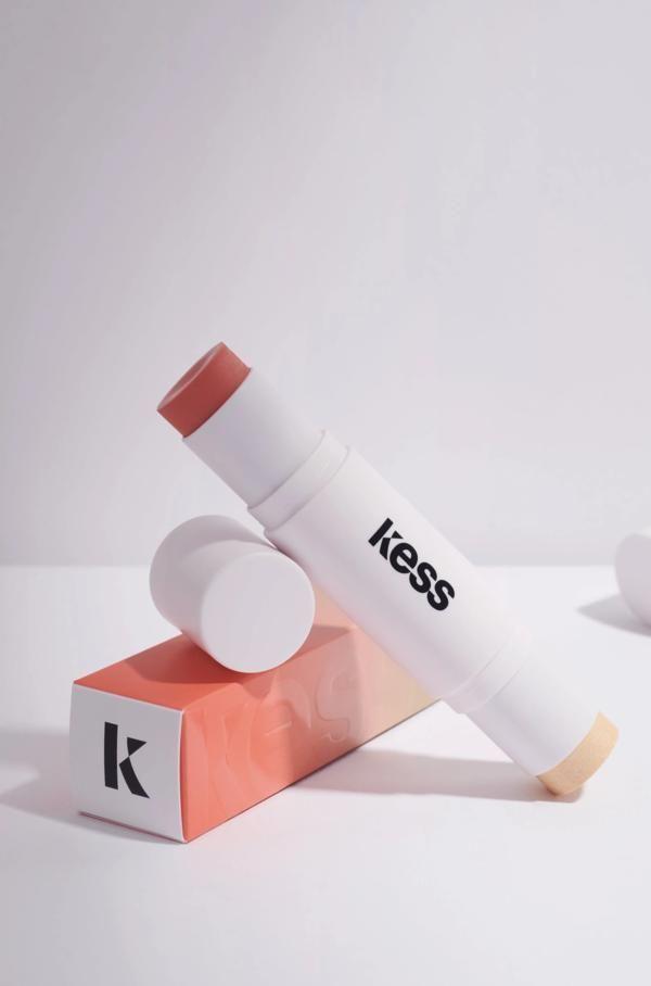 Blush & Highlighter Duo Stick – Koralle & Glut – Kess Berlin