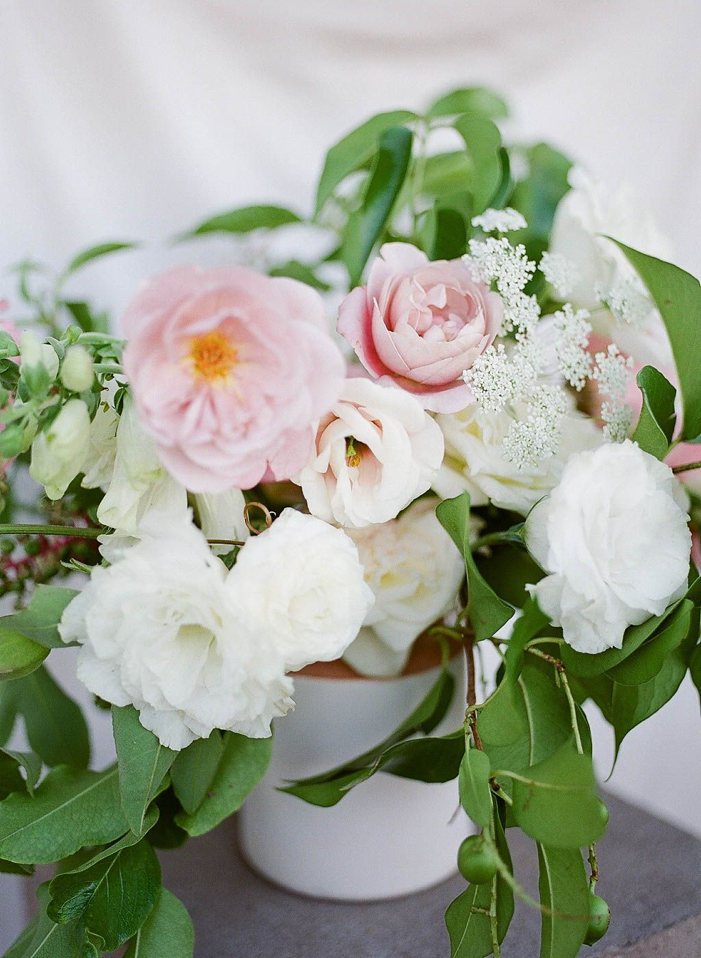 Small summer vase centerpiece featuring blush and white flowers small summer vase centerpiece featuring blush and white flowers including lisianthus garden rose queen mightylinksfo