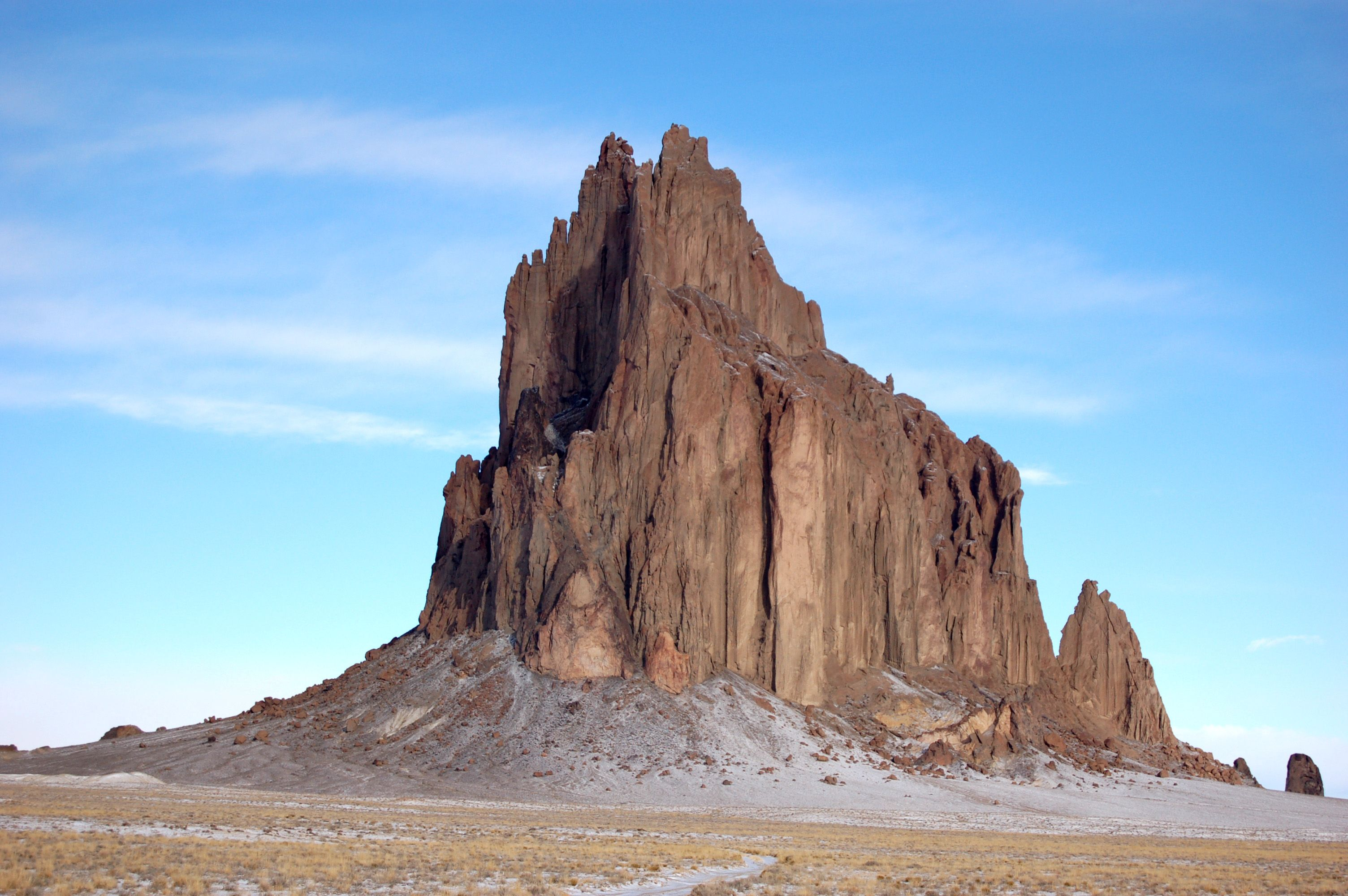 shiprock personals Radiometric dating of the rock shows that the volcanic rocks solidified about 27 million years ago shiprock is in the northeastern part of the navajo volcanic field.