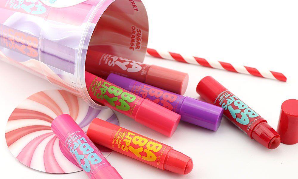 Maybelline Baby Lips Crayon, nuovi balsami labbra colorati - https://www.beautydea.it/maybelline-baby-lips-crayon-balsami-labbra-colorati/ - Labbra coloratissime, tutte da baciare, con i nuovi Baby Lips Color Balm Crayon firmati Maybelline. Tanti colori e gusti per un comfort estremo!