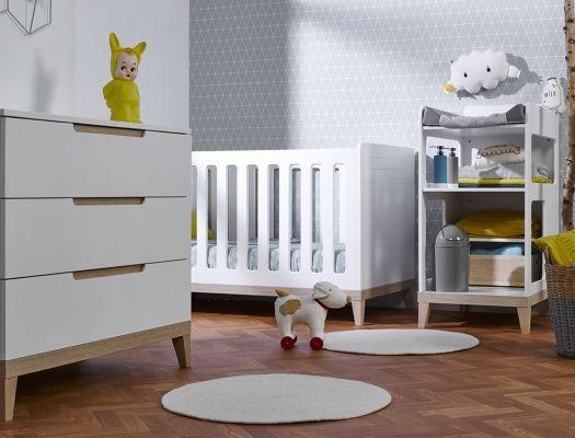 Petite chambre bébé Evidence avec table à langer Blanc/Hêtre ...
