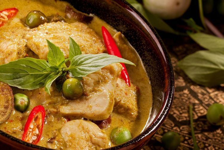 Easy Thai Green Curry Simmered to Authentic Perfection