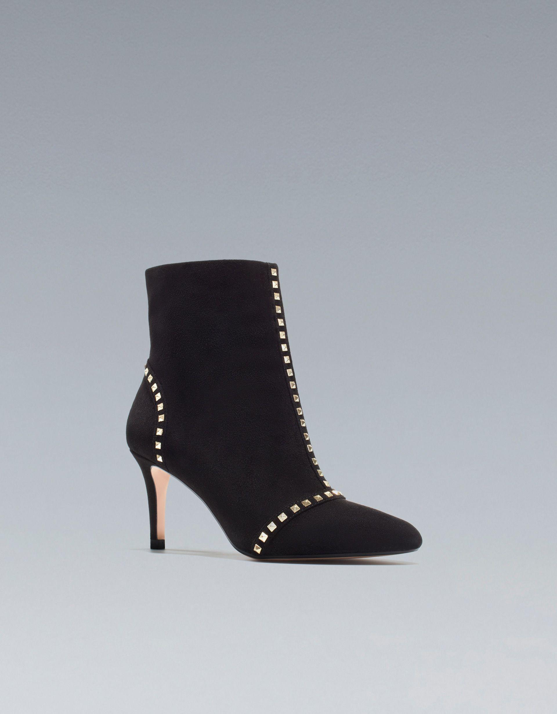ea8a91fe BOTÍN TACÓN MEDIO TACHAS - Botines - Zapatos - Mujer - ZARA BOTÍN TACÓN  MEDIO TACHAS 39,99 EUR Ref. 5116/101