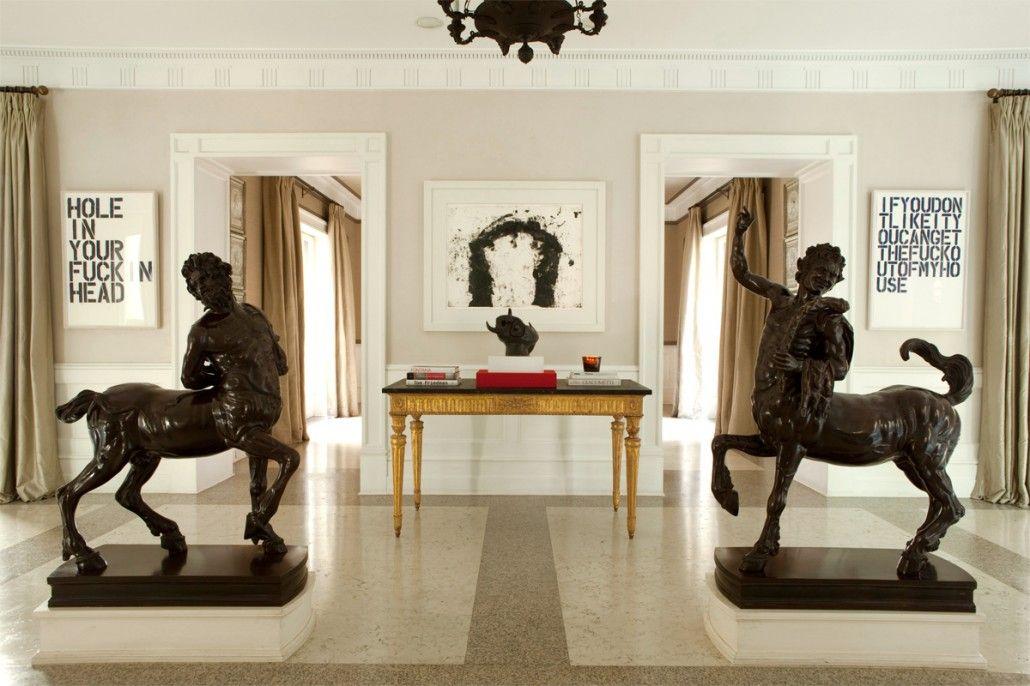 Walls: paint & mouldings. Luis Bustamante Interior Design Studio ...