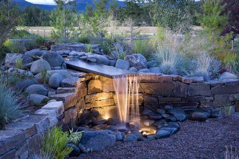 Stützmauer mit Garten Brunnen-selber bauen-naturstein Garten