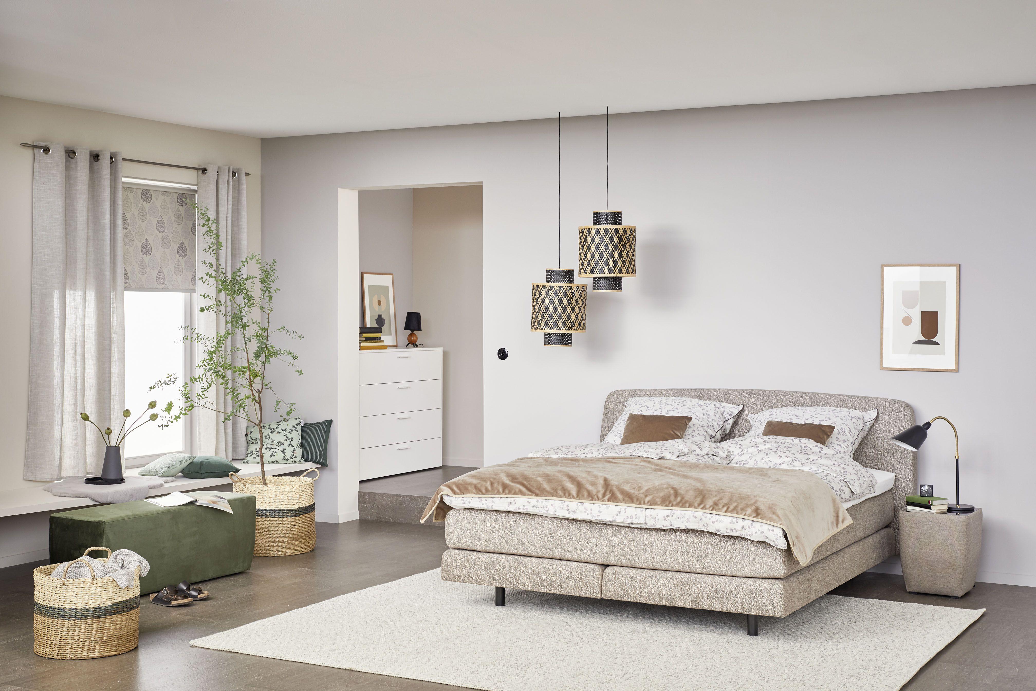 Eine Atmosphare Zum Abschalten Und Ein Bettsystem Auf Dem Sich Die Muskeln Entspannen Konnen So Kommt Man Wohnen Schoner Wohnen Und Haus