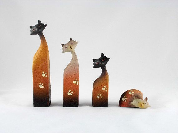 Vintage Cat Figurine with Paw Print Set of 4 by SunnysVintage, $39.90