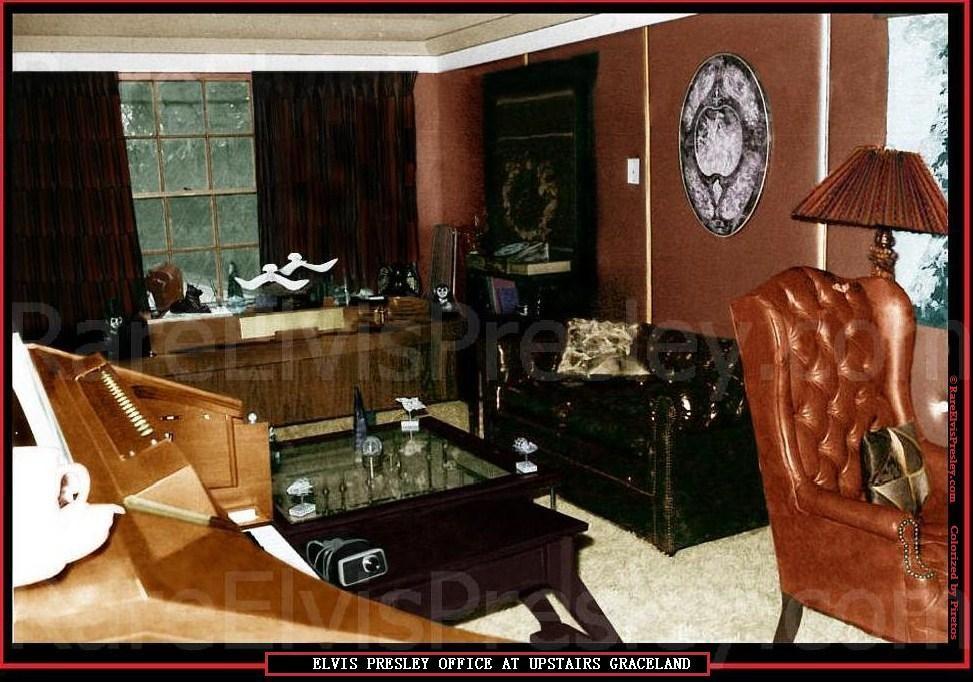 Graceland+Upstairs   Elvis Presley - Rare Photos Upstairs