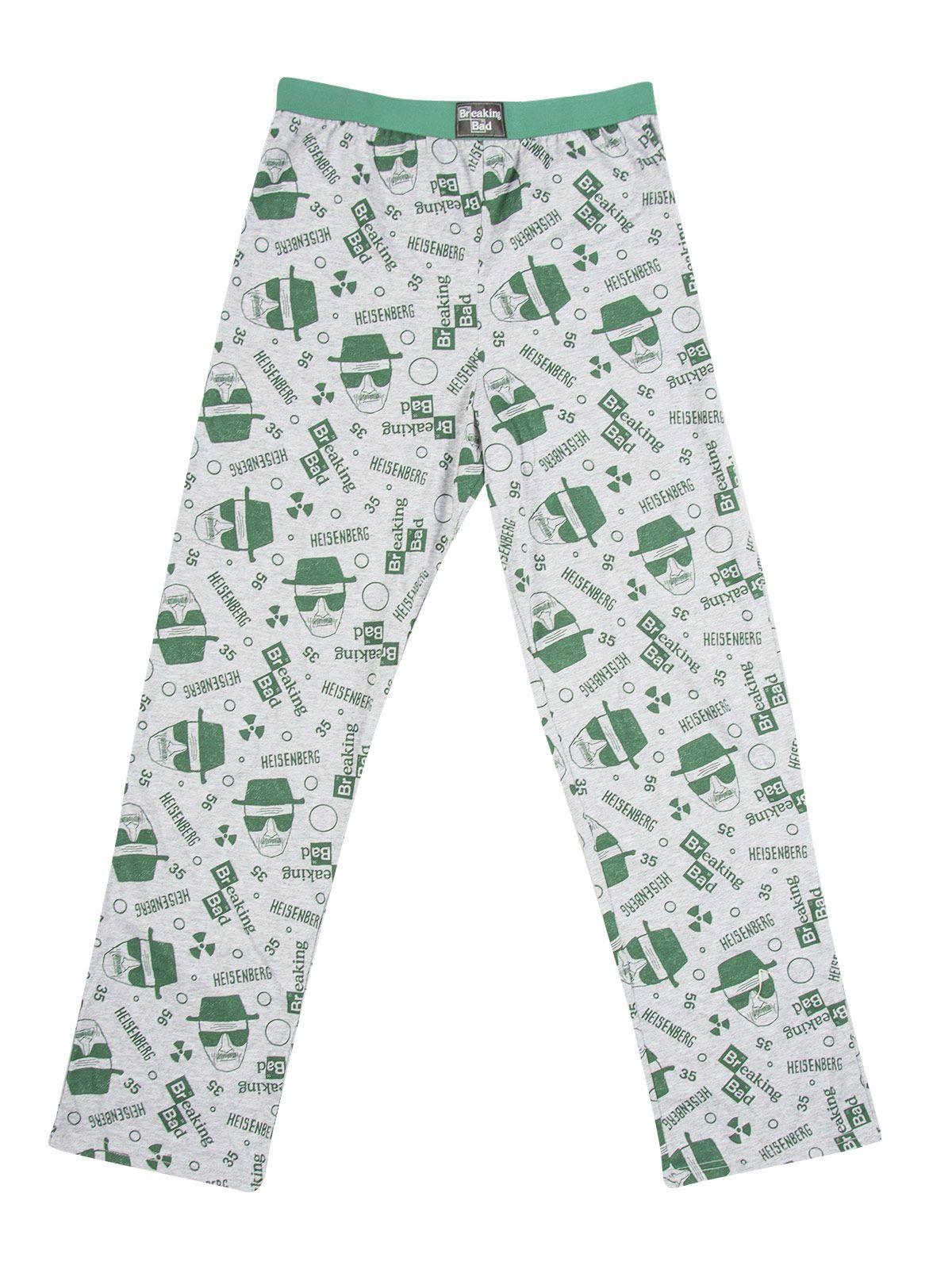 Breaking Bad Jogginghose Lizenzartikel grau-grün. aus der Kategorie Fanartikel Film, Serie & Kult. In dieser sensationellen Breaking Bad Jogginghose können Sie es sich so richtig bequem machen, wenn Sie mit dem Meth-Kochen fertig sind. Die Freizeithose ist mit zahlreichen Heisenberg-Köpfen, chemischen  Elementen und dem Breaking Bad Logo bedruckt und sieht einfach großartig aus!