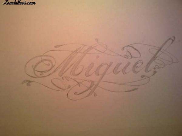 Diseno De Nombres Letras Miguel Zonatattoos Com Tatuajes De Nombres Miguel Nombre Tatuaje De Nombre