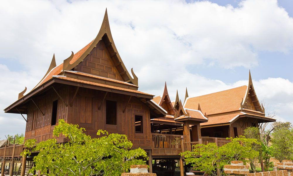 Most beautiful traditional thai house interior design for Traditional house architecture