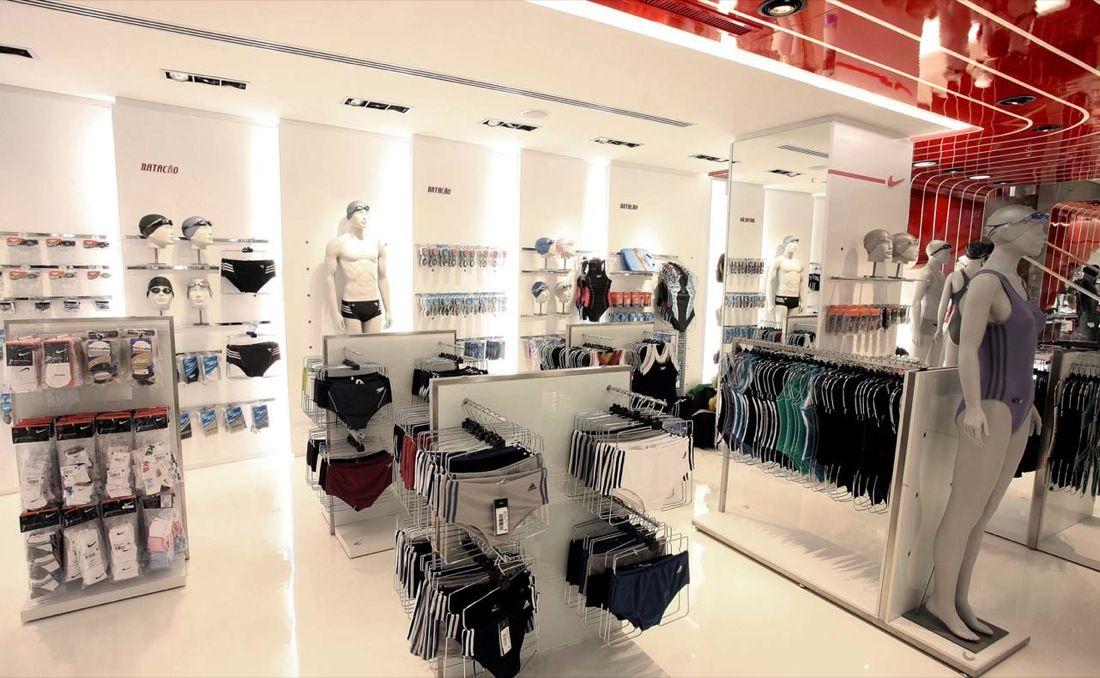 Modern Cloth Store Interior Design - Centauro Concept Store São ...