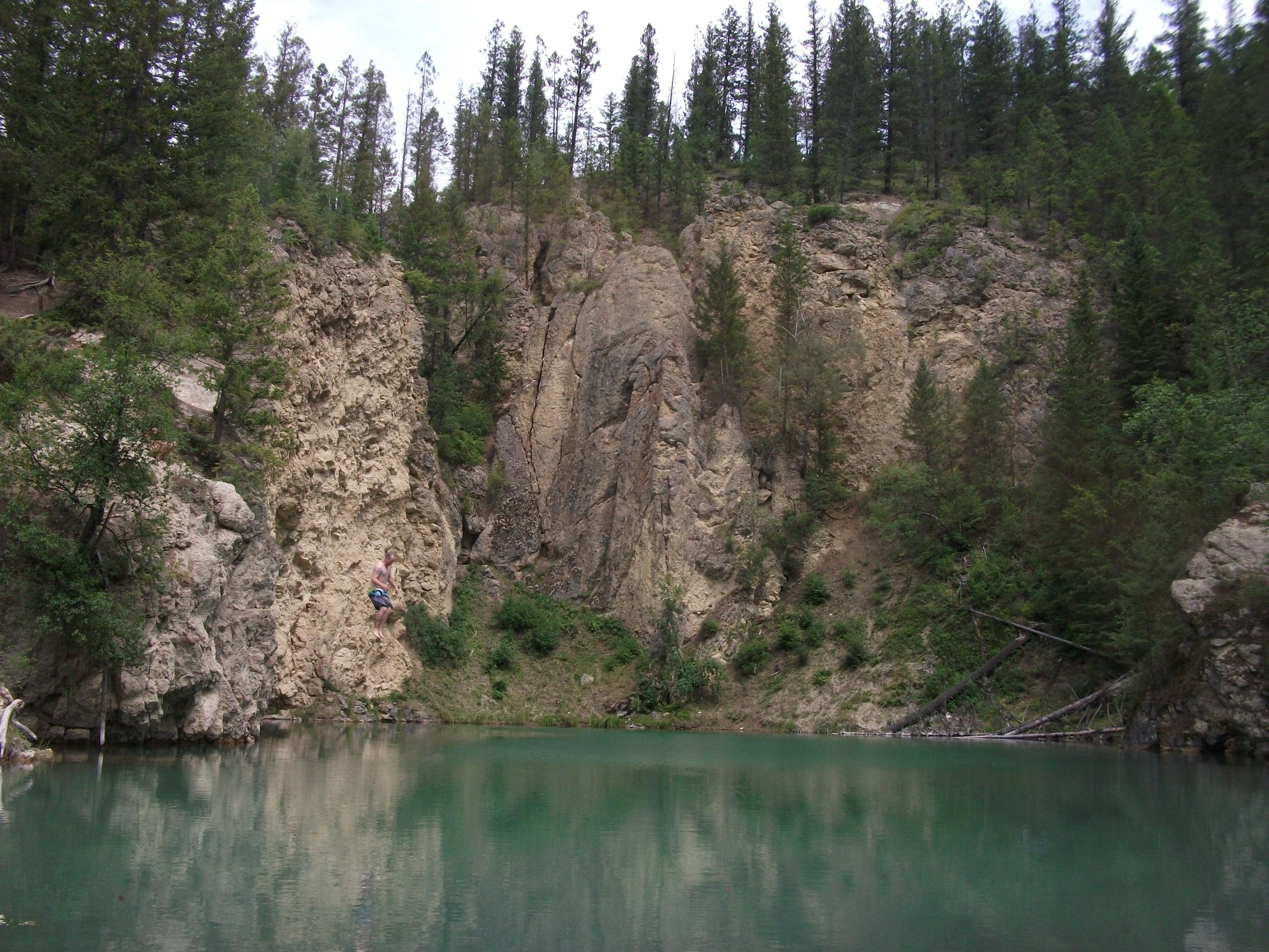 Invermere BC , cliff jumping