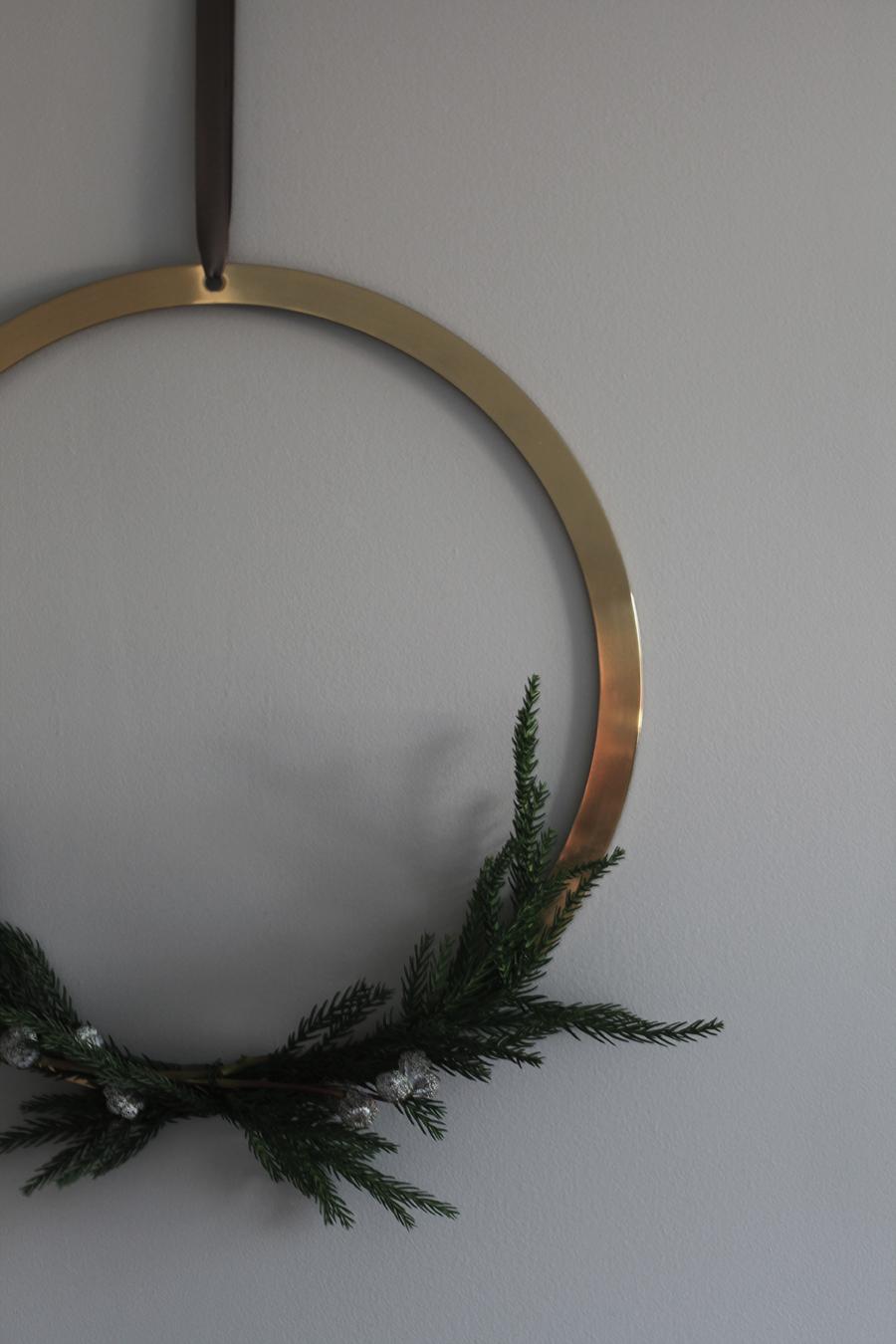 cooee wreath by elisabeth heier