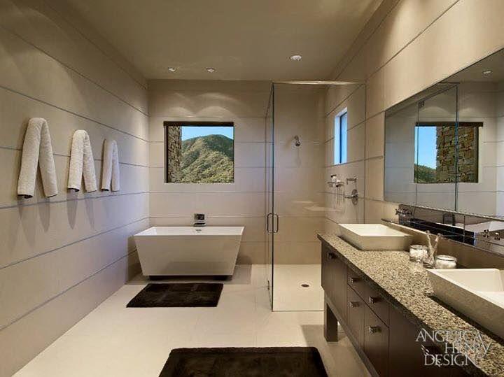 Casa Moderna - Fachada e Interior com Tons Terrosos!   Bathtubs and ...