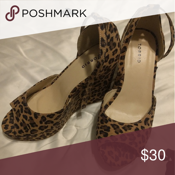 Torrid leopard print wedges, never worn Suede like material peep toe wedge Shoes Wedges