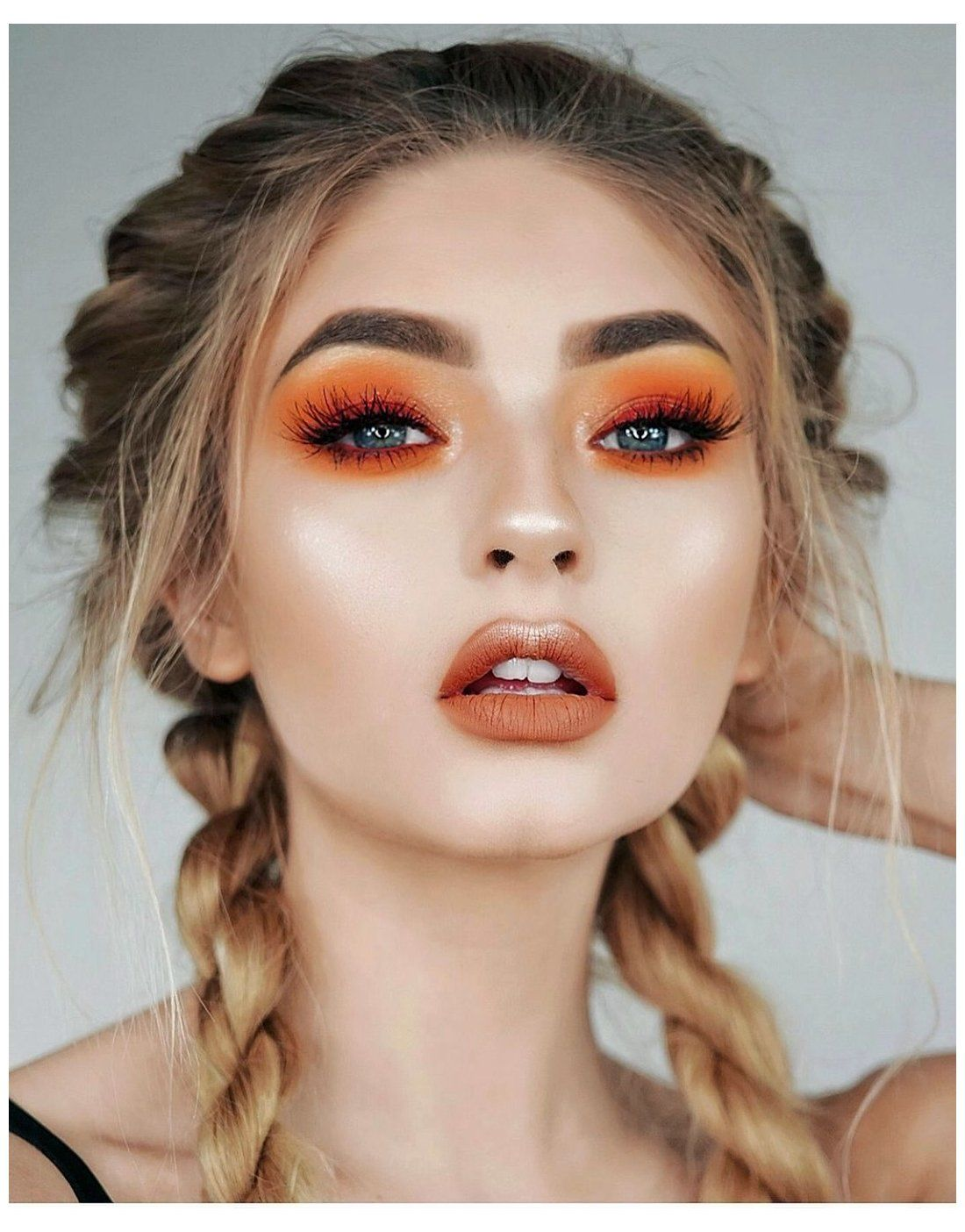 7 Glowy Look Of Prom Night Makeup That Will Make You Shine In Summer Prom Night Makeup Is Another Important Fact In 2020 Orange Eye Makeup Orange Eyeshadow Hair Makeup