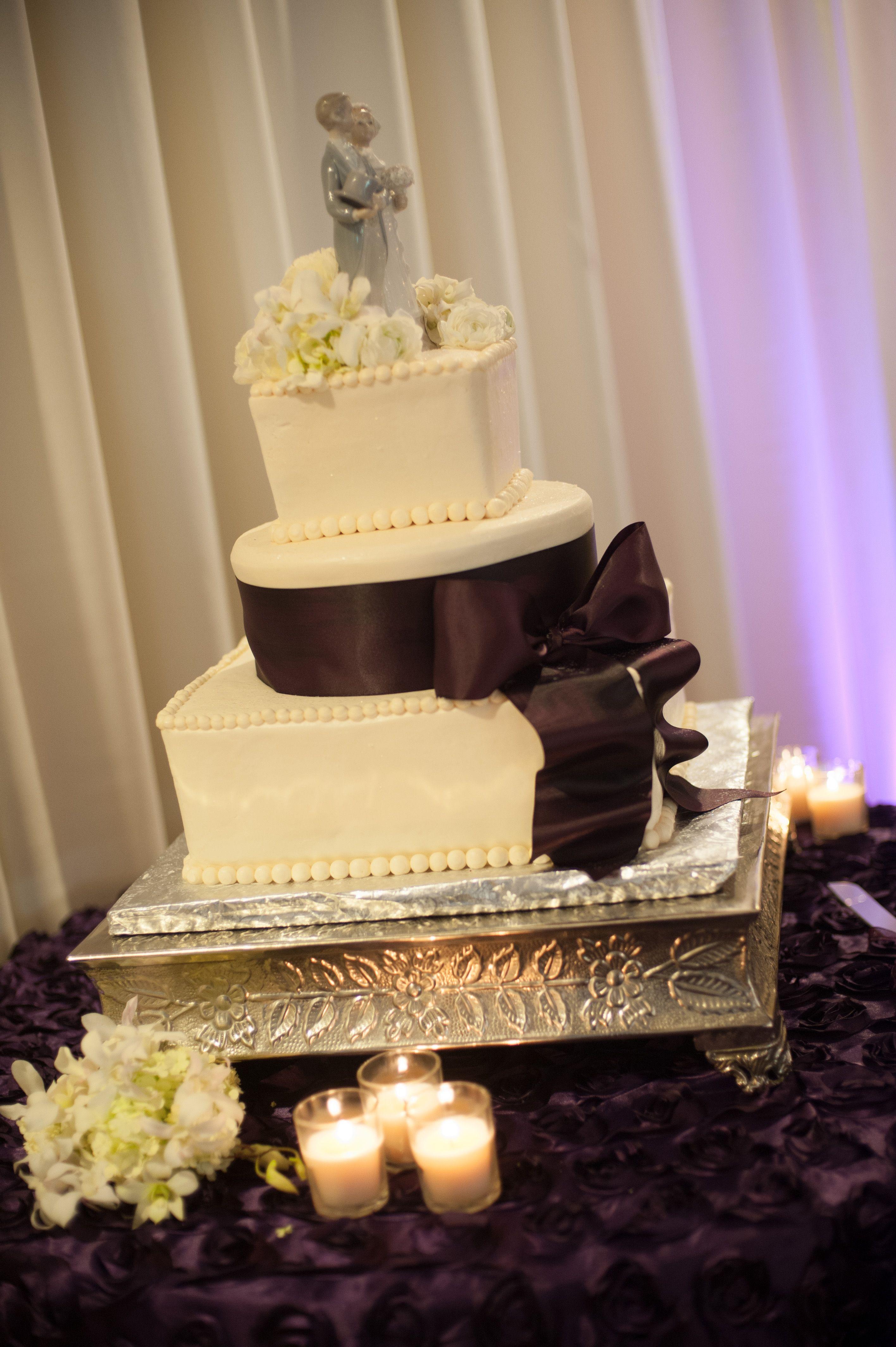 The Cake: Kat\'s Cakes Stockton, CA | My Fantabulous Wedding ...