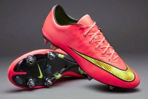 premium selection 32984 1358a Nike Mercurial Vapor X SG Pro football boots