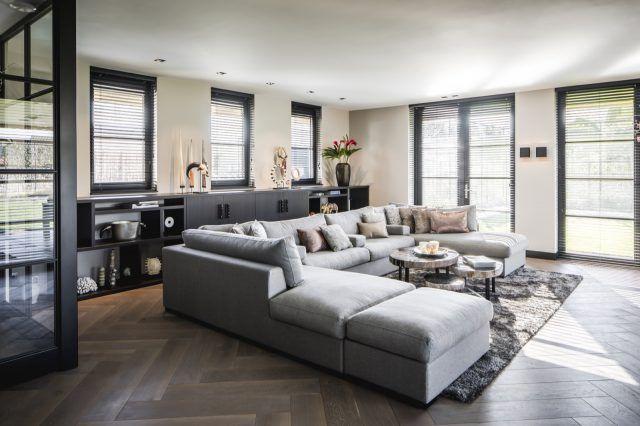 Moderne woonkamer met luxe hoekbank | woonkamer ideeën | living room ...