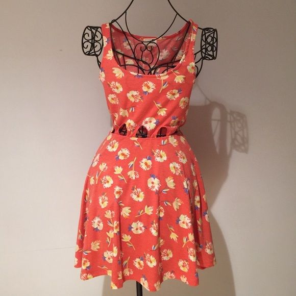 Floral Patterned Sundress w Cutouts Coral colored sundress. Stretchy fabric. LA Hearts Dresses Mini