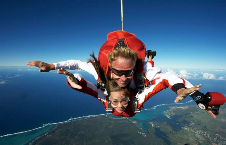 Air Activities In Mauritius Island Best Places To Skydive Skydiving Indoor Skydiving