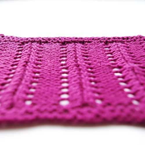 Very simple lace knitting pattern for beginners by patternduchess