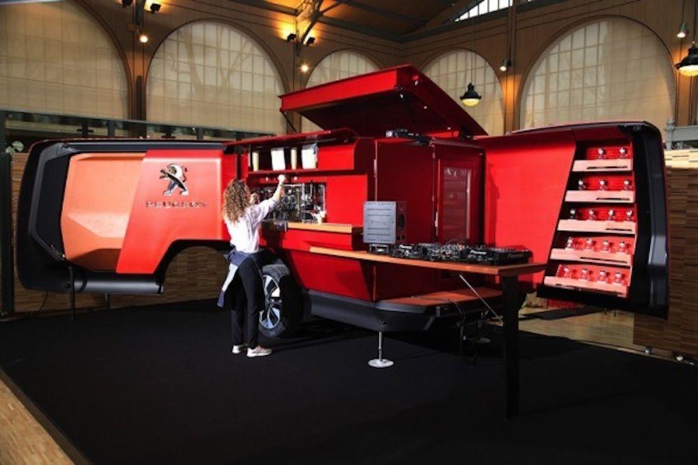 Luxury Food Truck Is Full Service Restaurant On Wheels