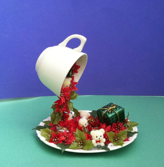 Christmas centerpiece floating cup decor