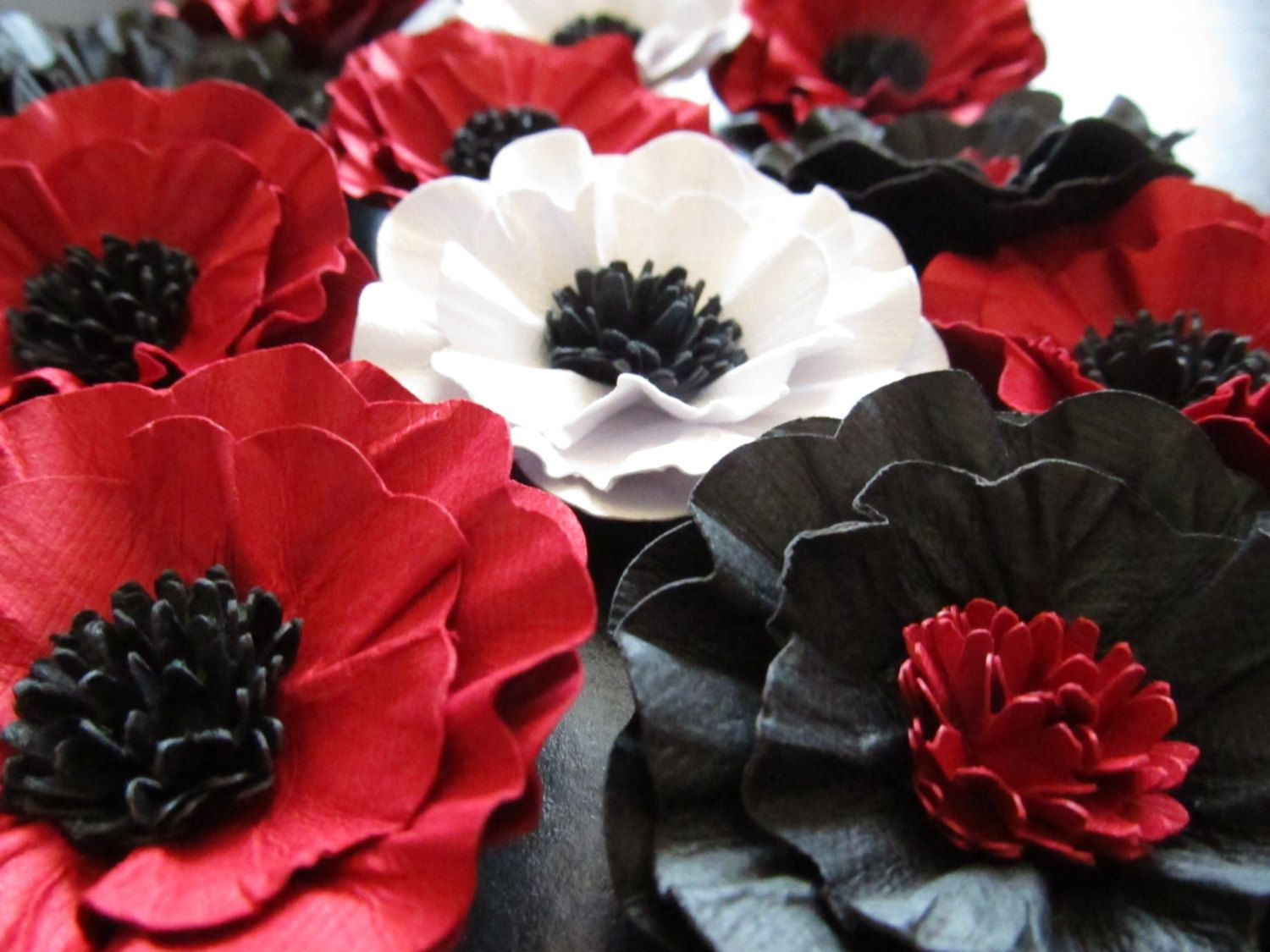 Weddings Handmade Paper Poppy Flowers 100 2 12 Inch In The Colors