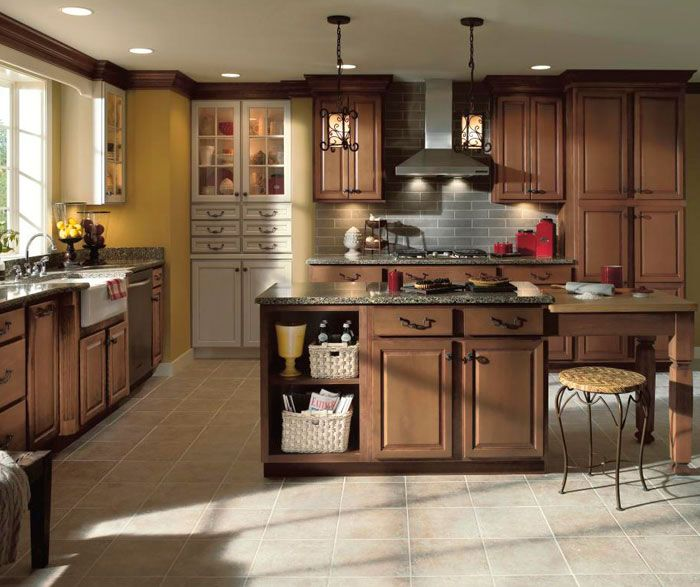 Aristokraft Radford Kitchen Cabinet Door Style Maple Wood With Cocoa Glaze Finish Aristokraft