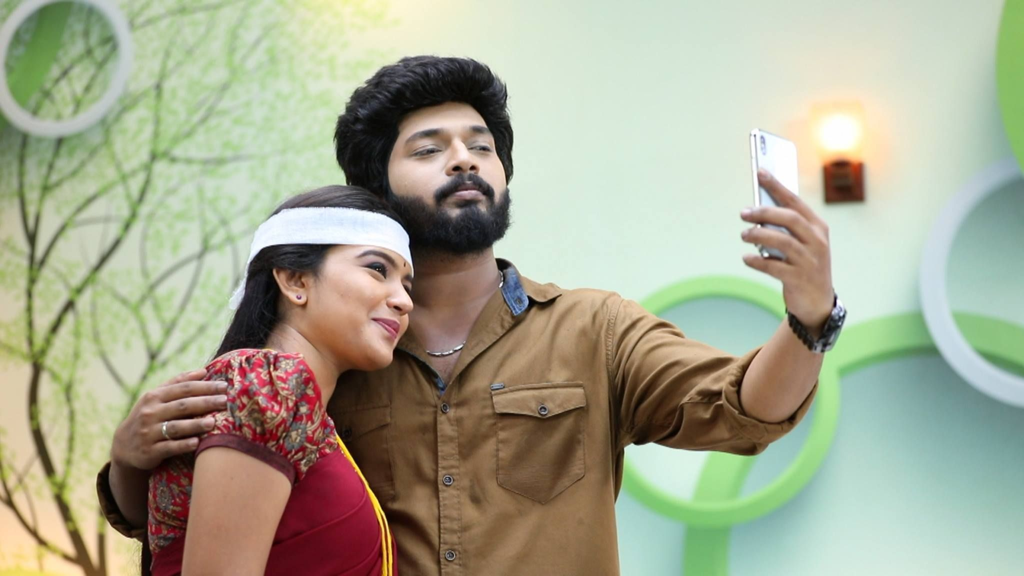 Sembaruthi Serial Parvathi Sembaruthi Serial Cast Sembaruthi Serial Rating And Latest Episode Etc Today Episode Actors Images Film Producer