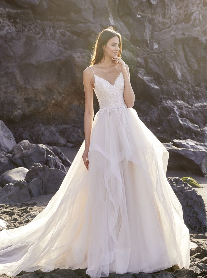 Diane Legrand Wedding Dress in 20   Wedding dresses, Dresses ...