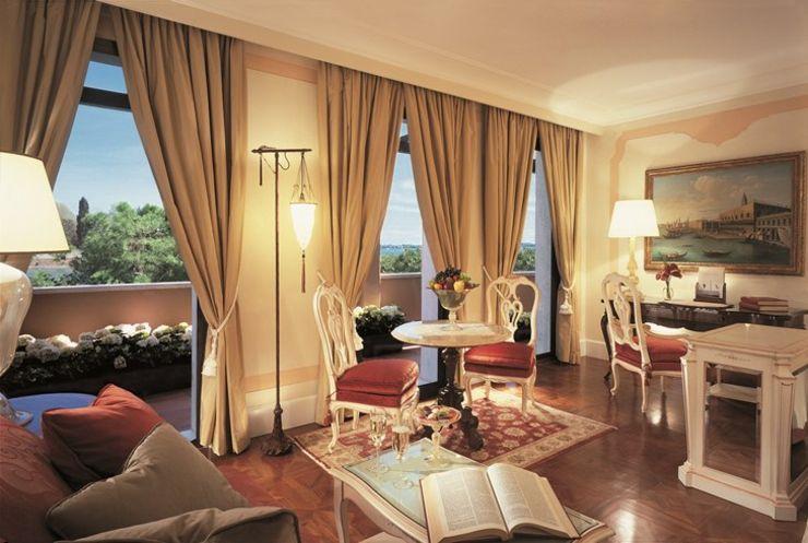Los huéspedes de este hotel en Venecia pueden pasear por los jardines Casanova