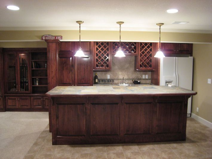Basement bar idea..... I would DIE to have this!!!