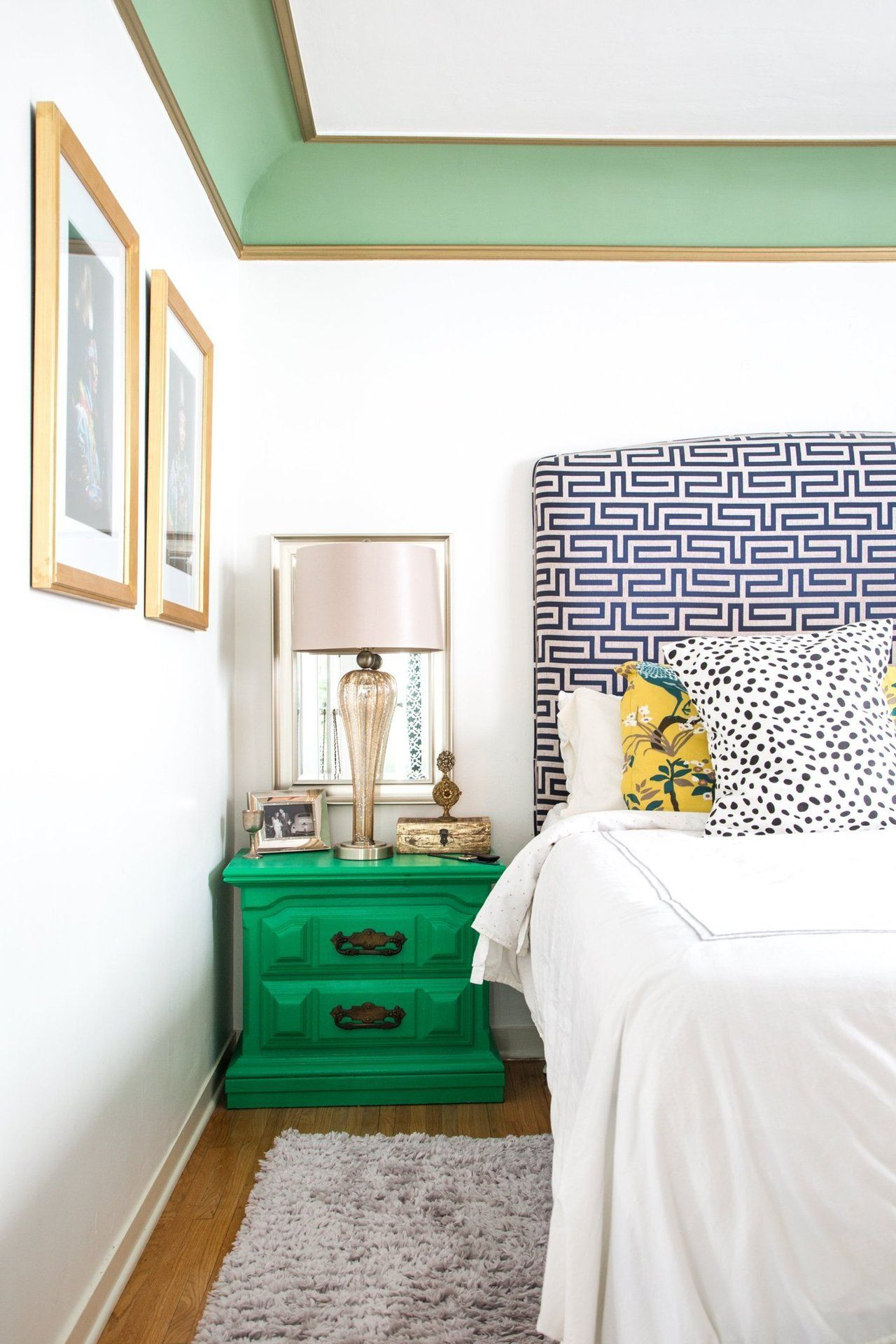 Dining Room Ceiling Paint Ideas Part - 45: Green Bedside Table
