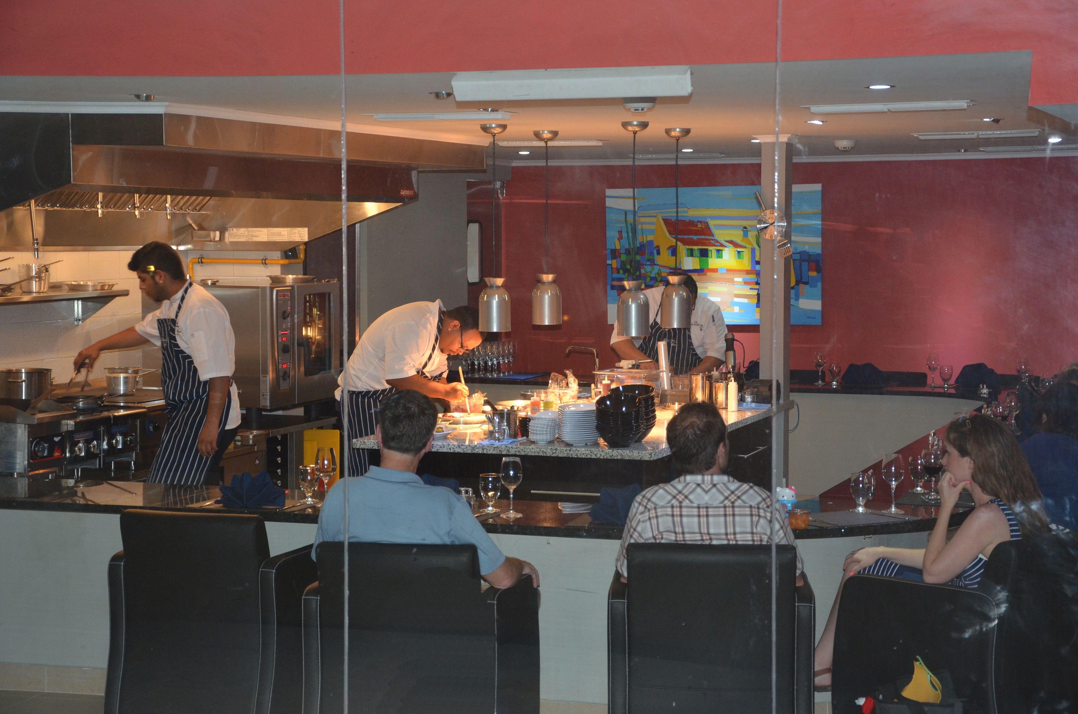 The Kitchen Table Restaurant Aruba Kitchen Table Restaurant Table