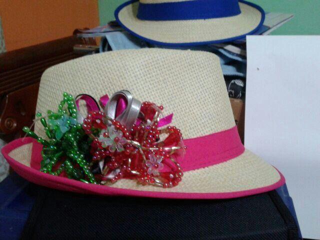Sombreros con tembleque tembleques pinterest - Decoracion de sombreros ...